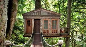 Recycled Material Treehouse
