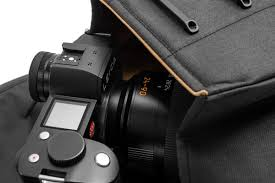 for black friday this year leica camera us will be including the new peak design for leica everyday backpack capsule as a free gift with any purchase of a