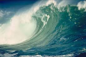 Resultado de imagem para fotos de tsunamis