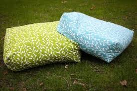 floor cushions diy.  Cushions Giant Floor Cushions DIY Super Simple  And It Only Takes 2 Yards Of  Material For Floor Cushions Diy