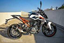 2018 ktm duke 250 abs.  2018 2017 ktm 250 duke first ride review on 2018 ktm duke abs