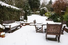 storing furniture during winter