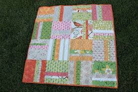 Quilting Made Simple - U Create & You have a simple quilt top finished that fast and easy. You are free to  quilt however you choose. For some good machine quilting tutorials check  Crazy Mom ... Adamdwight.com