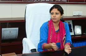 Ias Priyanka Das New Bmc Commissioner Bhopal Latest News - कमिश्नर बनते ही  बोलीं ये IAS अफसर, शहर से होगी भ्रष्टाचार की सफाई | Patrika News