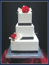 Black And White Wedding Cakes With Red Roses World Cakes Square