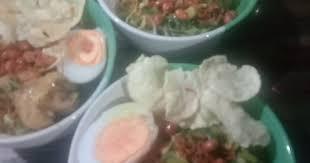 Resep ini menggunakan daging ayam sebagai pugasan, tetapi anda juga bisa menggantinya dengan udang agar terasa lebih nikmat. Wukun8loavulwm