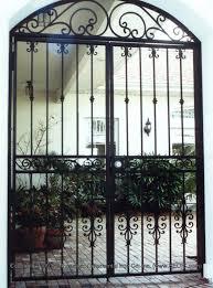 custom house gate wg 4