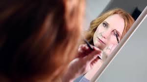 Zrzavé Vlasy Jsou Krásné Jaký Make Up K Nim Zvolit Víme To Proženy