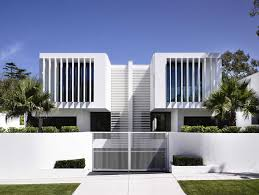 House With White Fence Modern Ideas Fascinating Minimalist Wall