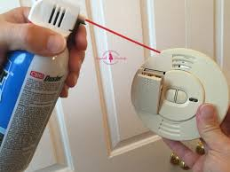 First Alert Smoke Detector Red Light Stays On How To Easily Stop Smoke Detector Beeping Or Chirping