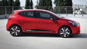 Renault Clio Dynamique MediaNav 1.5 dCi 90 (2015) review by CAR ...