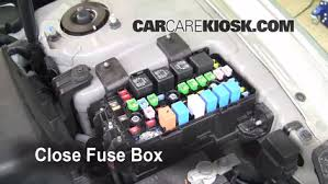replace a fuse 2006 2010 hyundai sonata 2009 hyundai sonata gls Hyudnai Sonata Fuse Box Intrnal 6 replace cover secure the cover and test component