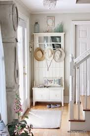 French style neutral decor for entryway decor. More  Shabby Chic ...
