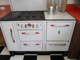 S Wedgewood Stove With Fun Red Highlights Collectors Weekly - Kitchens by wedgewood