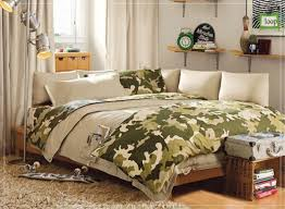 cool guys bedroom ideas breathtaking green army bed sheet combine with cream pillows also brown breathtaking image boys bedroom