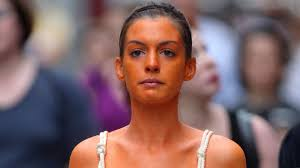 Clear Light Spray Tan How To Apply Self Tanner Without Streaks Or Blotches Glamour