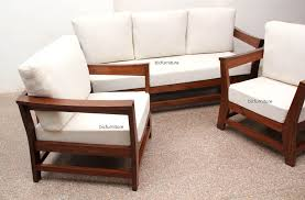 spaceous wooden sofa set in teakwood