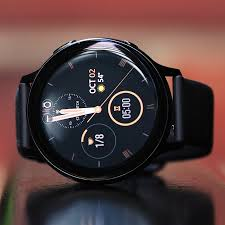 Best <b>smartwatch</b> for Android: Galaxy Watch vs Fossil vs Versa 2 and ...