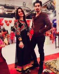 famous onscreen couple aiman khan and muneeb butt has recently  famous onscreen couple aiman khan and muneeb butt has recently got engaged this has