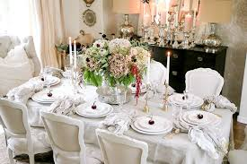 thanksgiving table ideas. This Table Is Elegant And Simple. Use A Linen Cloth With Napkins White Dishes. Create Pop Beautiful Centerpiece Fresh Flowers. Thanksgiving Ideas