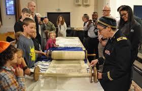Jewish community celebrates Simchat Torah, dedicates new ark -  StuttgartCitizen.com