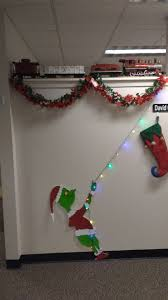 Office christmas decorations Cheap My Grinch Office Christmas Decorations Imgur My Grinch Office Christmas Decorations Album On Imgur