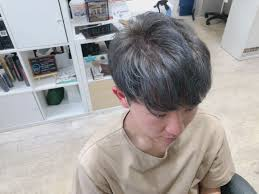メンズの髪色はグレーで決まり2018オススメの髪色です Mio