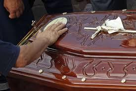 Caixão com corpo de uma mulher de Itapecuru é encontrado em avenida de São Luis