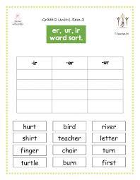 Phonics worksheets for kids including short vowel sounds and long vowel sounds for preschool and kindergarden. Ir Ur Er Jolly Phonics Worksheet