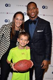 Victor Cruz, Lisa Fields - Victor Cruz and Lisa Fields Photos - Arrivals at  The Men of New York Event in NYC - Zimbio