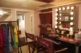Metal Bedroom Vanity Poundex Bobkona St Croix Bedroom Vanity Set With Stool In Cherry