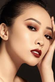 apply eye primer this step is especially significant to s who have oily eyelids eye primer helps makeup bee more long lasting and intensify the