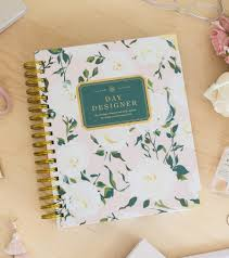 Day Designer The Strategic Planner And Daily Agenda Academic Year 2019 2020 Daily Planner Coming Up Roses Day