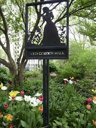 HENDERSON PLACE, Upper East Side - Forgotten New York