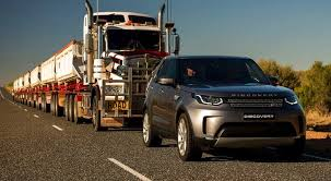 2018 land rover lr2. exellent lr2 2018 land rover discovery tugs 110tonne road train to land rover lr2