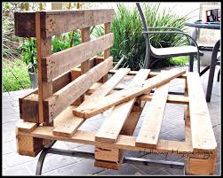 outside pallet furniture. Pallet Furniture 34 Cool Examples You Can DIY Curbed Outside Pallet Furniture .