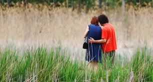 beautiful love couple free hd wallpaper get latest wallpapers