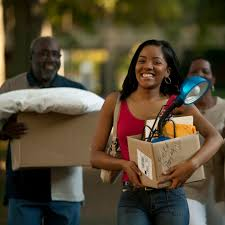 college freshmen what to expect and how to prepare ecollegefinder young w moving in to dorm