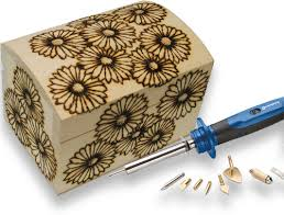 Vassoi In Legno Da Decorare : Dipingere un portagioie di legno portagioielli da viaggio gufoso