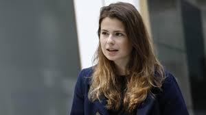 In addition to her, we've been hearing more about carla reemtsma lately. Luisa Neubauer Frans Timmermans Ist Fur Uns Eine Art Hoffnungsperson Zeit Online