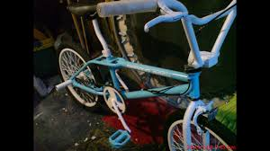 how to spray paint a bike painting a new custom paint job on to my old bmx
