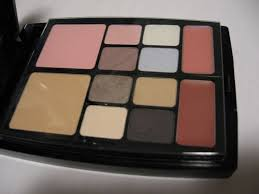 the makeup palette included previous next preview dior travel studio makeup palette collection voyage middot makeup