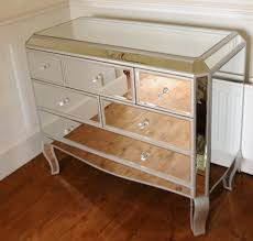 Image of: Smart Mirrored Chest Of Drawers