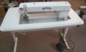 Bailey's Home Quilter Pro 15EHP with Sit Down Table &  Adamdwight.com