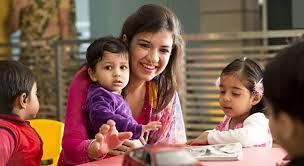Nursery Teacher Learn The Use Of Storytelling In Teaching With Nursery Teacher