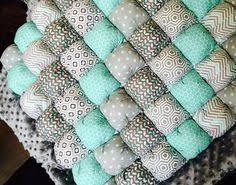 How To Easily Make A Bubble Quilt | Craft ideas | Pinterest ... & Bubble Quilt Adamdwight.com