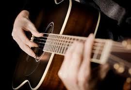 Bảo quản dây đàn guitar không bị rỉ