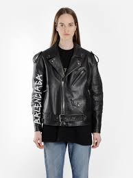 vestes en cuir balenciaga noir femme balenciaga women s black biker jacket with logo printed on sleeve noir cappello di carta