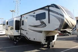 Grand Design Solitude 375res 2019 Grand Design Solitude 375res So19040 Mike Thompson