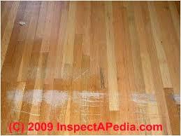repairing scratches in laminate flooring